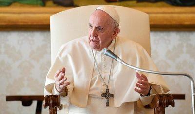 """El Papa advierte que la escalada de violencia en Gaza puede convertirse en una """"espiral de muerte y destrucción"""""""