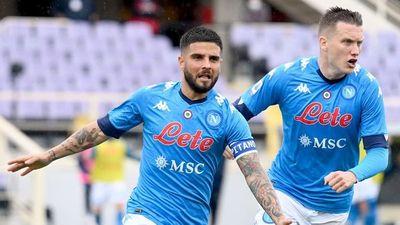 Napoli conquista Florencia y está a un triunfo de la Champions