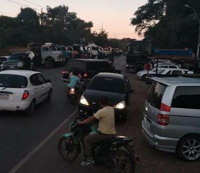 Emotiva despedida de camionero en Tobatí