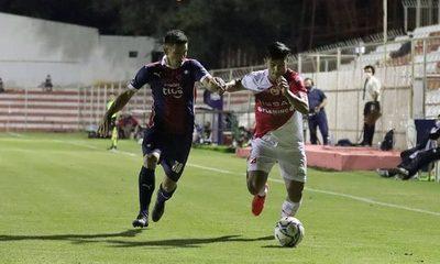Cerro Porteño rescata un empate sobre el final ante River Plate