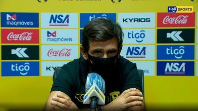 Conferencia de prensa de Gustavo Costas