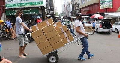 La Nación / Comerciantes prevén una caída del 30% en las ventas ante cierre de Foz de Yguazú