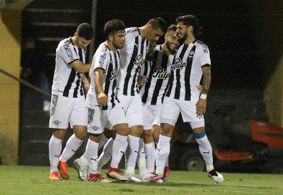Crónica / El Guma golea a ritmo de campeón