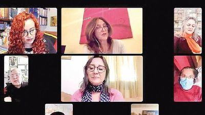 Escritoras paraguayas presentan libro en    tributo a las madres