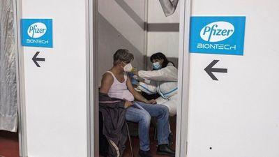 Avanza vacunación en Brasil en plena hecatombe sanitaria