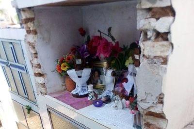 Piden habilitar visitas a cementerios