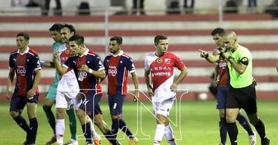 La Nación / Cerro rescató un empate