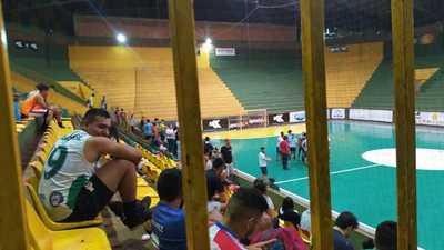 Torneo de FUTSAL con PÚBLICO en polideportivo municipal de FRANCO