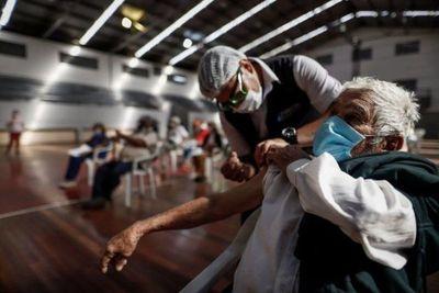 Más de 6.000 paraguayos ya viajaron a Estados Unidos, según Migraciones