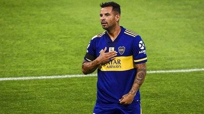 El papelón de Edwin Cardona en el superclásico argentino