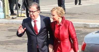 La Nación / Nicanor dijo no tener parientes en cargos públicos pero olvida extensa lista de adherentes