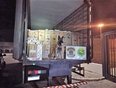 Decomisan camión con 250 cajas de CIGARRILLOS producidos por TABESA