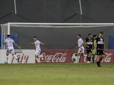 Nacional le gana a Olimpia y mantiene chances de campeonar