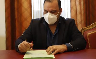 """Protocolización de escritura del territorio social """"12 de Octubre"""" de San Lorenzo"""