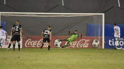 Leonardo Villagra: Es un honor pelear con grandes goleadores