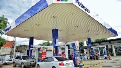 """Petropar mantiene el precio de sus combustibles, pero análisis es """"día a día"""""""