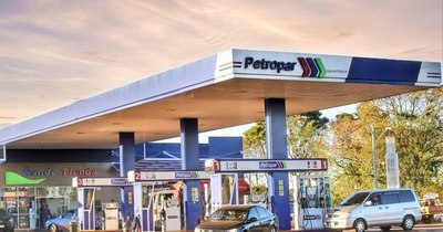 La Nación / Petropar no modificará los precios de sus combustibles por ahora