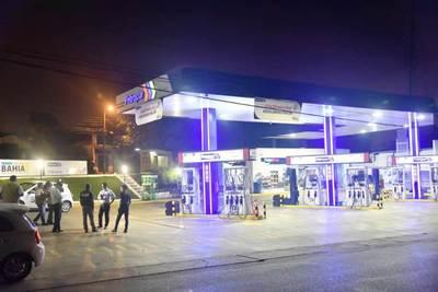 Petropar mantiene precios de sus combustibles •
