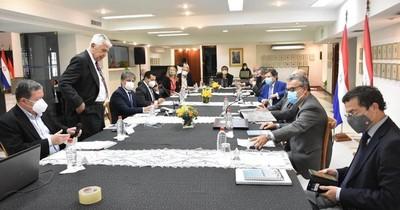 La Nación / Gobierno analiza tarifa de energía con miras a la revisión de Itaipú