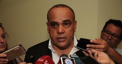 """La Nación / """"Bachi"""" Núñez no descarta un efecto dominó tras la expulsión de Portillo"""