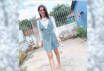 """Crónica / ¿GANARÁ EL TÍTULO? """"La Comadre"""" quiere ir al Miss Universo he'i"""