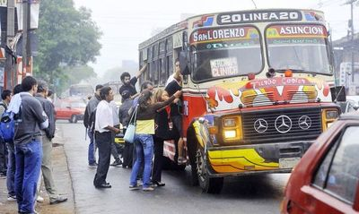 Transportistas piden suba del pasaje o duplicar el subsidio