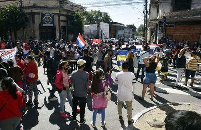 """Organizaciones que defendieron a Durand piden la """"cabeza"""" de Pereira"""