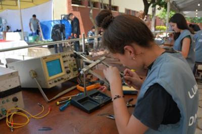 Trabajo y Educación se unen para formar técnicos y reactivar empleos