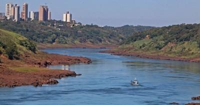 La Nación / Bajante del río Paraná: barcazas llegan con dificultad y altos costos
