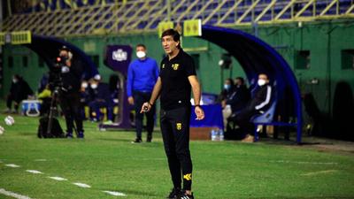 Gustavo Costas no seguirá en Guaraní al terminar el Apertura