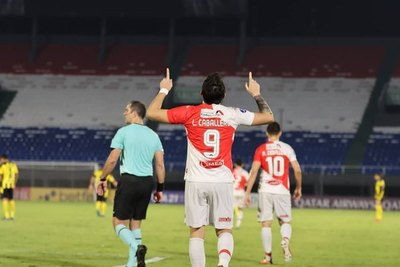 River iguala una marca de Cerro, Luqueño y Libertad en la Sudamericana