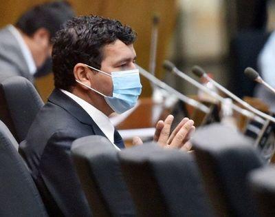 Jura suplente de Carlos Portillo, pero su objetivo son las municipales