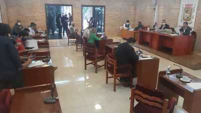 Junta Municipal aprueba adjudicación para mensura judicial de la finca 66