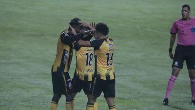 Deportivo Táchira golea a Always Ready en grupo de Olimpia