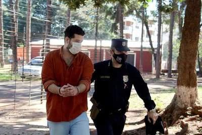 Procesan con beneficios a sujeto que raptó a su expareja y agredió a policías
