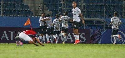 Nueva derrota de Cerro a manos del Mineiro