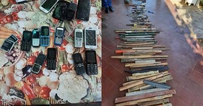 La Nación / Requisan armas blancas y celulares en Penitenciaría de San Pedro