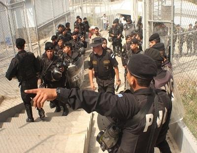 ¡Aterrador! Motín en cárcel de Guatemala deja varios reos decapitados