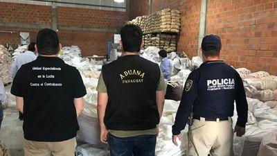 Incautan 35 toneladas de azúcar de presunto contrabando en Limpio