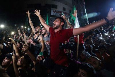 Tras días de caos y bombardeos, Israel y Hamas acordaron un alto al fuego