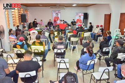 Trabajadores de la vía pública confían en propuestas de Núñez