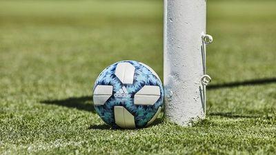 En Argentina ponen pausa al fútbol