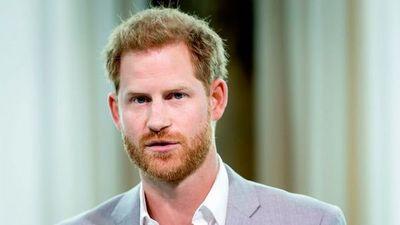 Príncipe Harry reveló que consumía alcohol y drogas para superar la muerte de su madre