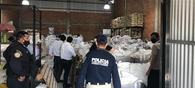 Incautan 35 toneladas de azúcar presuntamente ingresadas de contrabando.