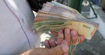 La Nación / Salario mínimo, ¿subirá o no?: se sabrá en junio, luego del informe del BCP
