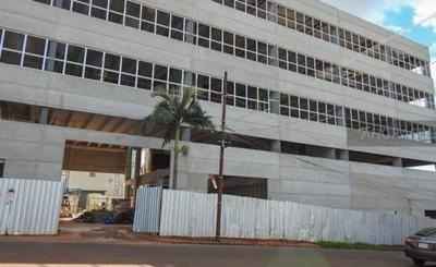 Denuncias por atrasos en pagos de salarios contra empresa de Roque