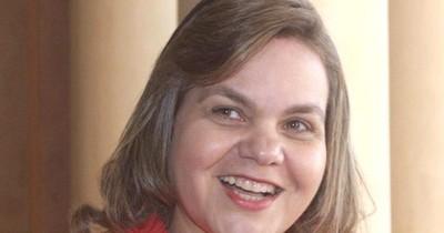 La Nación / Lilian Samaniego, flamante esposa de cónsul, insiste en someter a diplomáticos