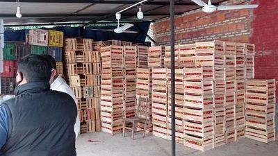 Incautan 8 toneladas de tomate de contrabando en Ñemby
