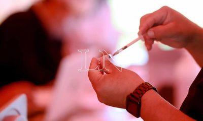 Ndopai la vacunación vip:  pillan a gente de entre 17 a 35 años  vacunados