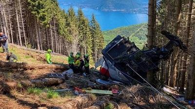 Italia: Caída de teleférico deja 14 muertos y niño en grave estado